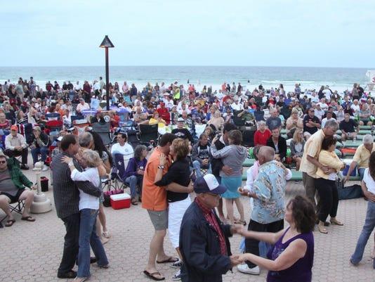 Pensacola Beach live music