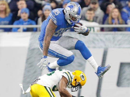 Detroit Lions tight end Eric Ebron (85)