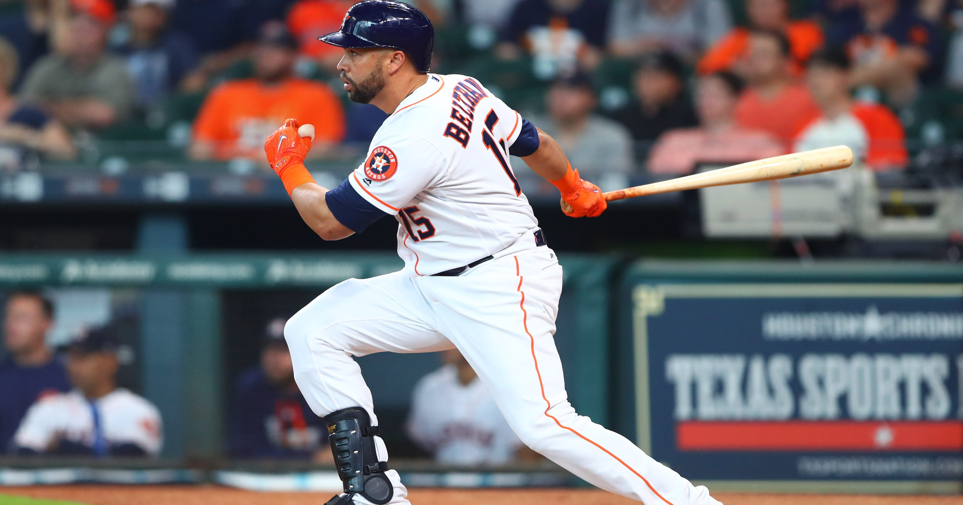 Beltran S First Homer Lifts Astros To Win