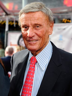 Actor Richard Anderson arrives at Grauman's Chinese Theatre on April 12, 2012 in Hollywood.