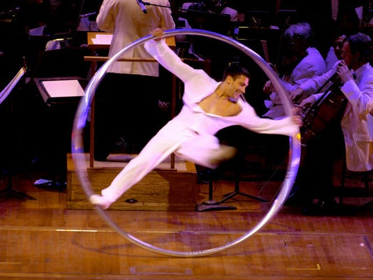 Cirque. Vitalii Buza.jpg