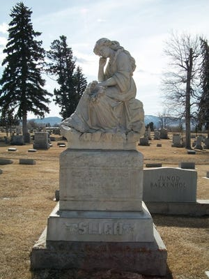Katherine Sligh's monument erected by Thomas Marlow to honor her memory.