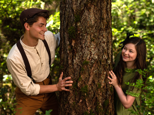 Winnie (Libby McDonald) and Jesse (Cole Zieser) become