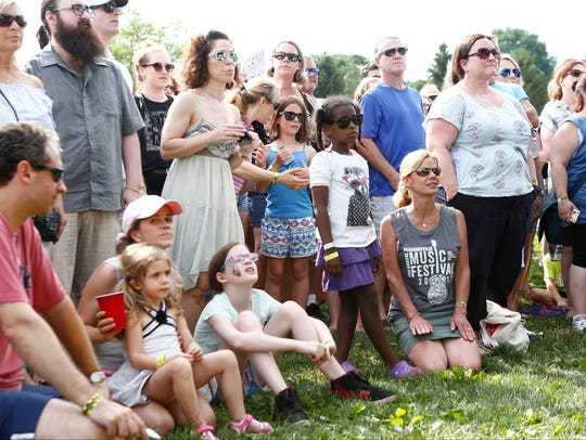 Music fans enjoy music by Suzanne Vega at the Pleasantville