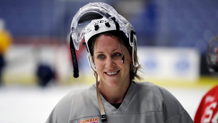 USA Hockey, players trying to finalize agreement