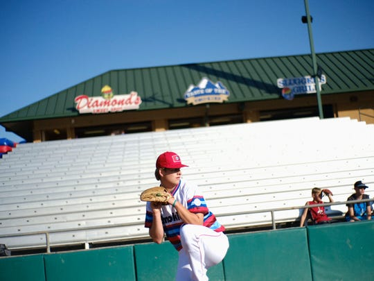 Smokies pitcher Duncan Robinson (44) warms up during a game against the Montgomery Biscuits at Smokies Stadium in Kodak, Tennessee on June 15.