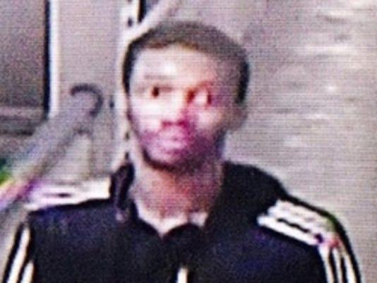 635673579533690344-suspect