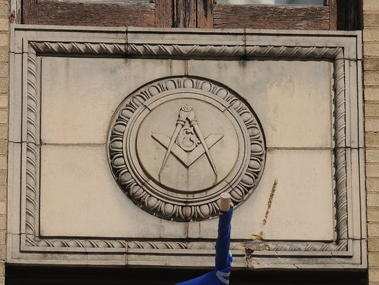 635805217592055019-OSHBrd-03-30-2014-Northwestern-1-A011--2014-03-29-IMG-OSH-Oshkosh-Masonic-1-1-1K6S7CU9-L390365318-IMG-OSH-Oshkosh-Masonic-1-1-1K6S7CU9