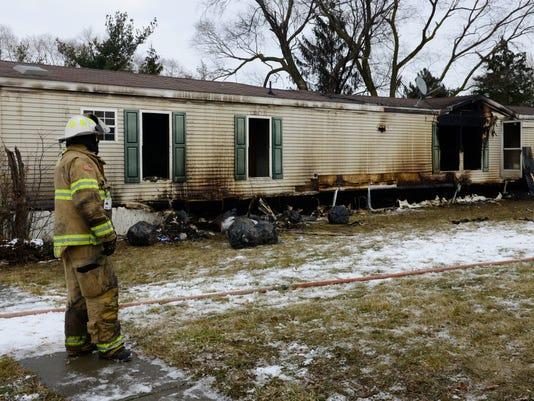 636529248101505895-fatal-fire.JPG