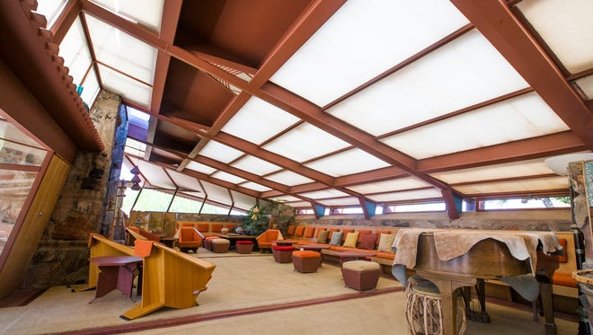 After Frank Lloyd Wright's death, management of his estate was transferred to the Frank Lloyd Wright Foundation, based at Taliesin West.