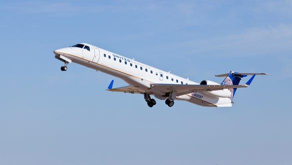 united-embraer145