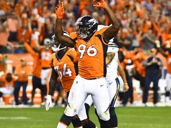 Sep 11, 2017; Denver, CO, USA; Denver Broncos defensive