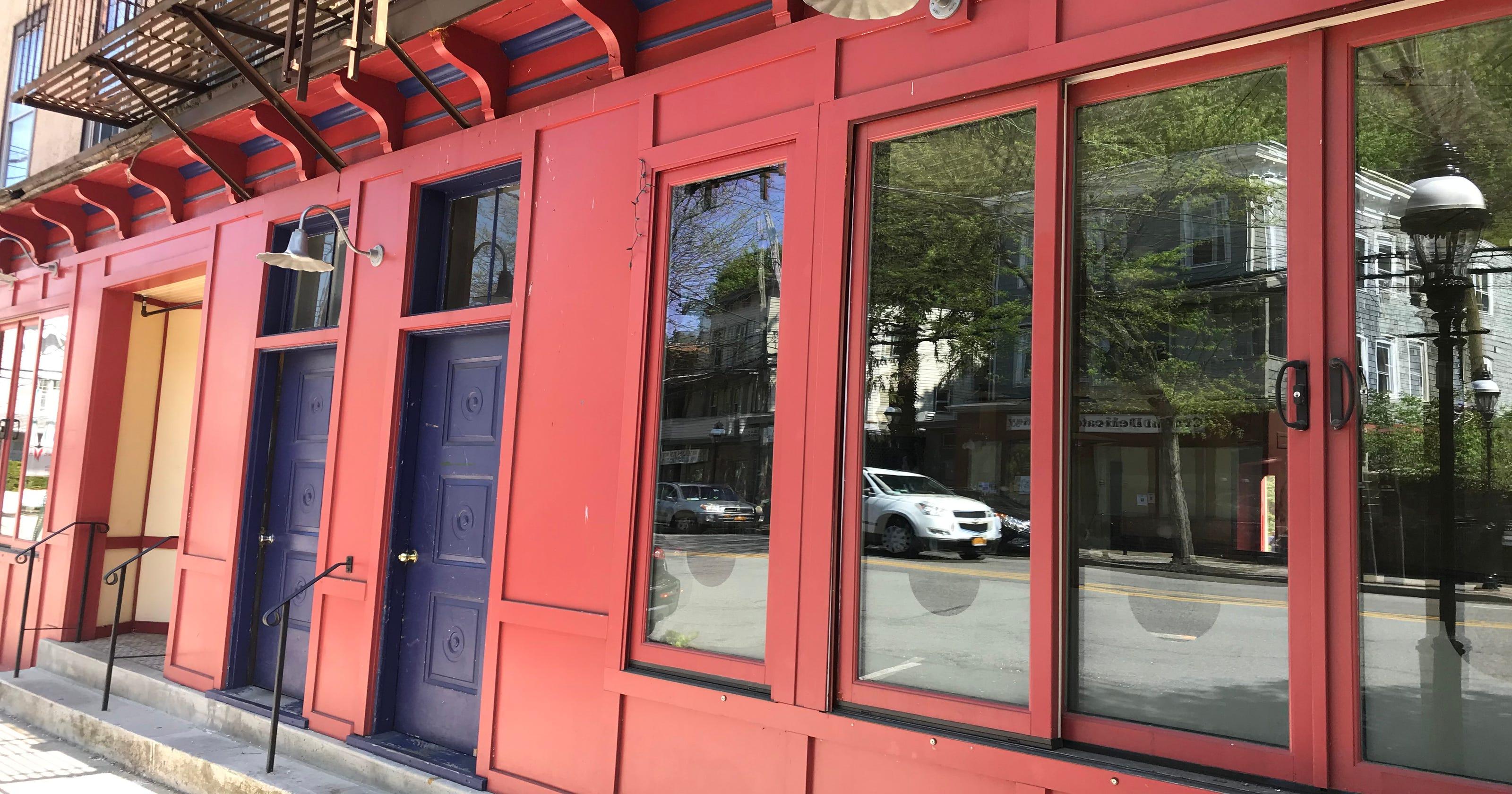 CrotononHudsons Restaurant Scene Is Changing - Training table restaurant closing