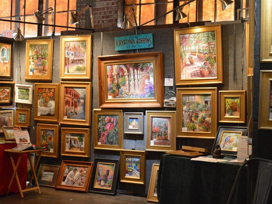 Artists and craftspeople in Las Artistas Arts & Fine Crafts Show are selected by a jury and must be handmade by each artist.