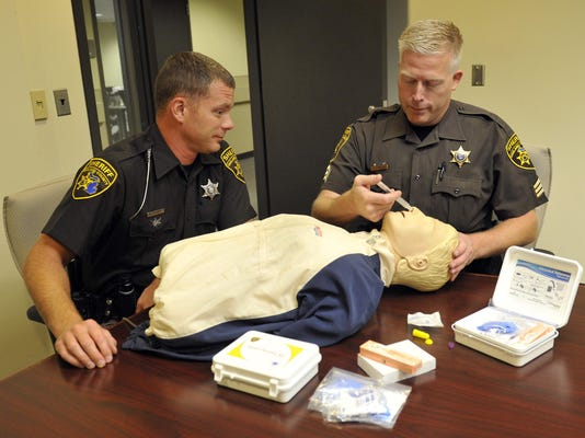 Oakland Sheriffs NARCAN, with Sgt. Todd Hill and deputy Adam Kammer