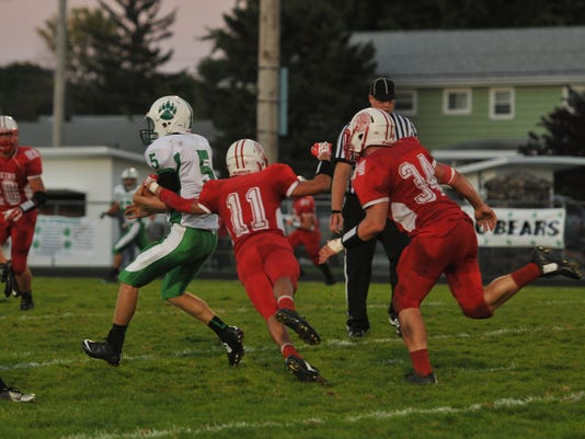 -football margaretta at pc 4.JPG_20140930.jpg