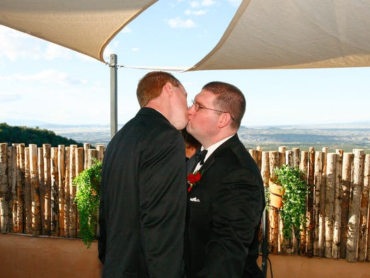 stone mountain single gay men Free gay sex personals, gay singles dating and gay sex chat for gay and bisexual men cruising for sex find single gay men for dating, chat and sex on men4sexnowcom.