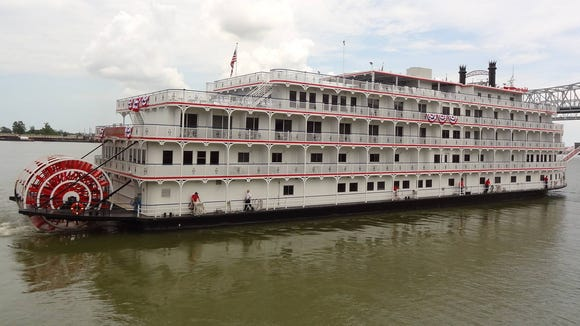 travel-cruise-queen-mississippi