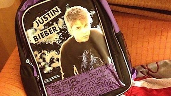 10 03 2012 Justin Bieber book bag