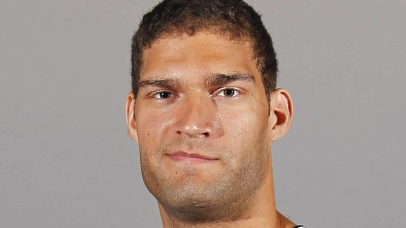 10 04 2012 Brook Lopez head and shoulders