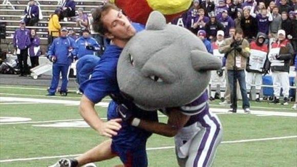 2012-10-6-mascot-rumble