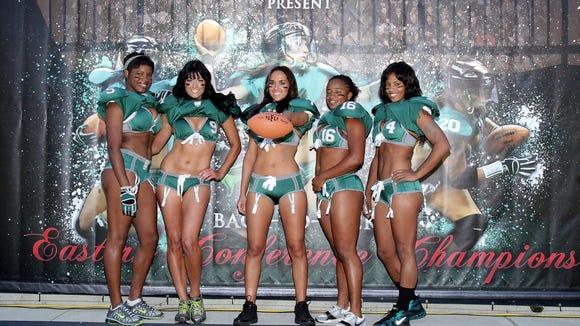 20121010lingeriefootball