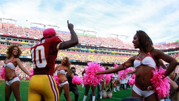 2012-10-21 RGIII running out of tunnel