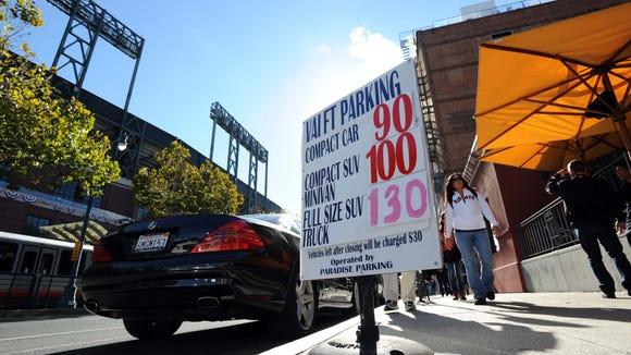 2012-10-24-world-series-parking-2