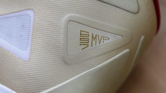 2012-10-30 Nike LeBron shoe2
