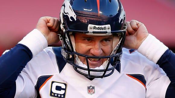 2012-11-25-12-Broncos-Manning