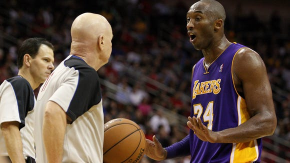 2012-12-5-Lakers-Kobe-Bryant