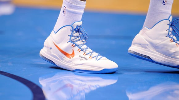12-14-kevin-durant-shoes-3