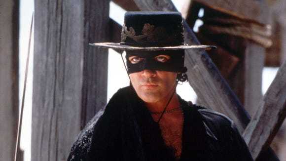 2012-12-15 Antonio Banderas Mask of Zorro