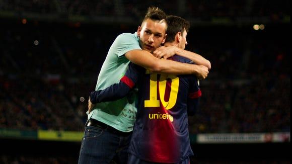 2012-12-16-soccer-lionel-messi-1