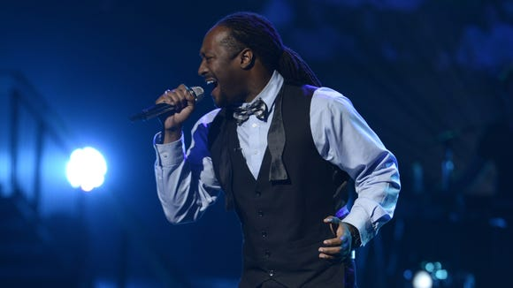 Kevin Harris performs in the Sudden Death Round of AMERICAN IDOL.