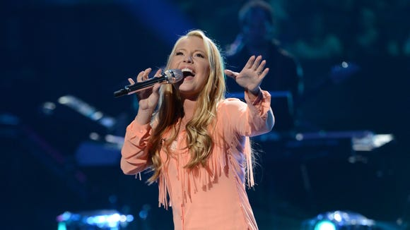Janelle Arthur in the Sudden Death Round of AMERICAN IDOL.