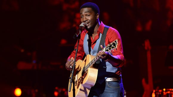 David Oliver Willis in the Sudden Death Round of AMERICAN IDOL.
