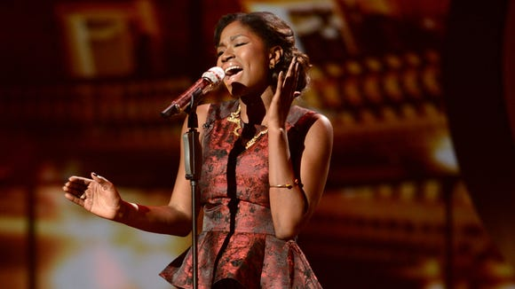 Amber Holcomb performs on AMERICAN IDOL.