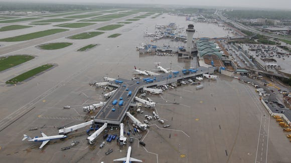 Tornado Hits St Louis Airport For 2nd Time In 2 Years