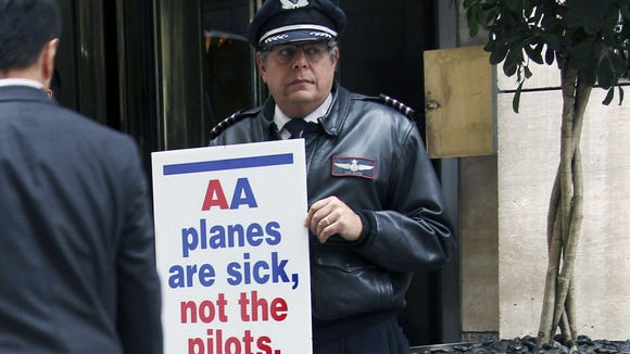 Aa Pilots Picket Oneworld Welcome Ceremony For Qatar Airways