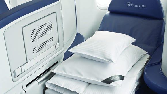 Coming Soon On Delta Westin Heavenly In Flight Bedding