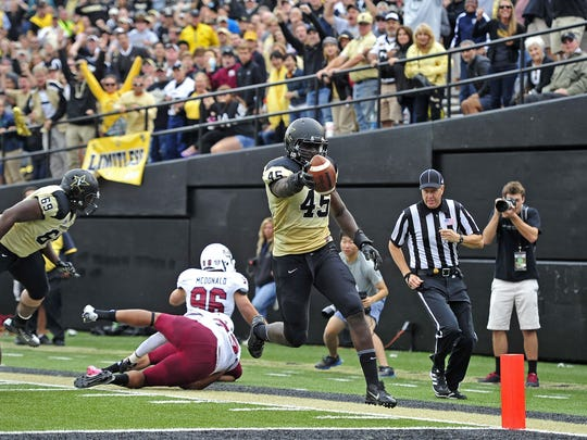 Vanderbilt outside linebacker Stephen Weatherly (45) could be a valuable play-maker in Derek Mason's 3-4 scheme.