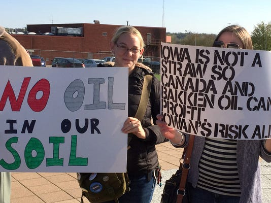 No oil in our soil sign.jpg