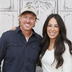 Chip and Joanna Gaines of 'Fixer Upper' reveal baby number 5's name and photo