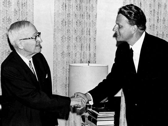 Evangelist Billy Graham, right, pays a 20-minute call