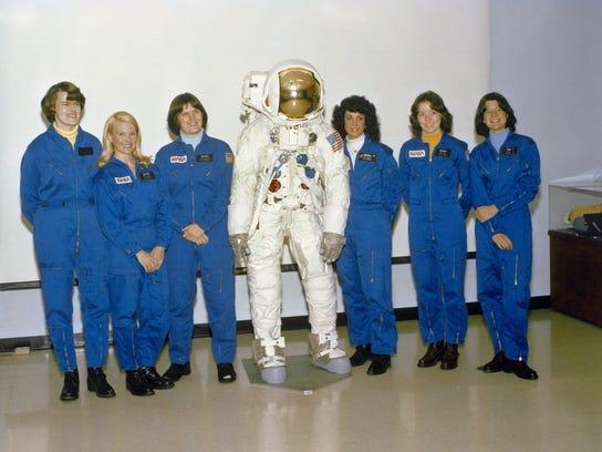 NAS-Sig-Bliss-0529-Astronaut-04.JPG