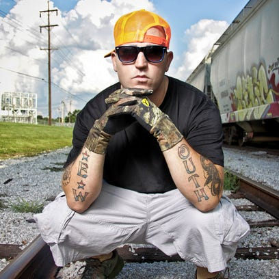 Bubba Sparxxx will bring his country-influenced hip