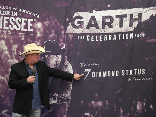Garth Brooks during Gov. Bill Haslam's announcement