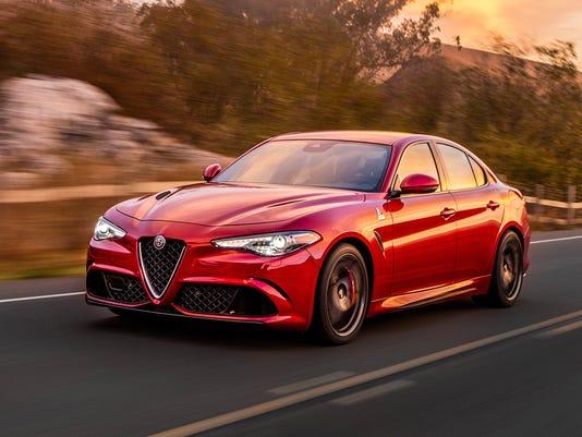 636474789835436844-2017-Alfa-Romeo-Giulia-01.jpg