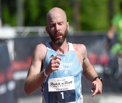 Injury won't keep Scott Wietecha from going for seventh straight Nashville marathon win